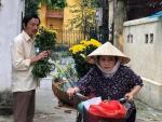 Người tình bán hoa của bố Sơn Về nhà đi con ngoài đời sở hữu vẻ đẹp gợi cảm khác xa trên phim