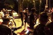 30 thanh niên bịt mặt cầm dao, kiếm hỗn chiến