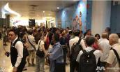 Dân Singapore thất vọng chờ mua điện thoại Huawei giá 900 nghìn