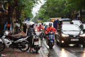 Hà Nội tắc đường sau mưa lớn do hoàn lưu bão số 3