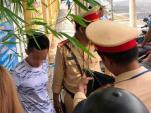 Thanh niên chở bạn gái tông xe vào CSGT rồi bỏ chạy