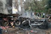 Xe container đâm gốc cây, tài xế tử vong trong cabin bốc cháy