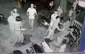 3 cảnh sát bị chém, cướp súng khi ngăn chặn vụ đánh nhau
