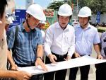 Dùng công nghệ mới chống lún mặt đường Nguyễn Hữu Cảnh