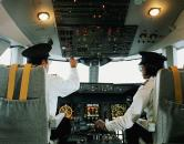 Phi công làm gì khi máy bay gặp khủng bố?