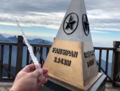 Ngỡ ngàng băng giá trên đỉnh Fansipan