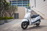 """24 giờ trải nghiệm Yamaha Grande Hybrid đã khiến quý cô công sở """"10 năm không đổi xe"""""""