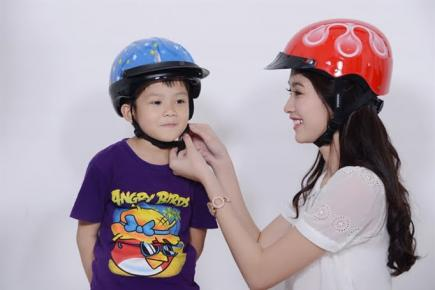 Chọn mũ bảo hiểm an toàn như thế nào đúng cách