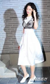 Người đẹp 'Avengers' giản dị bên dàn mỹ nhân Hàn ở sự kiện